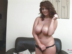 Gorgeous Babe Roxy Plays With Hooters