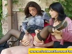 Lady pissing in hot trio