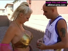 Blonde slut kayla gives a great time with her huge melons