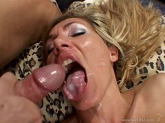 Lisa Lee shoves a hard dick down her slippery throat